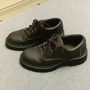 Sketchers low ankle hiking boots women's 6 brown